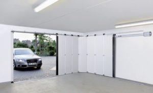 Une comparaison rapide réparation de porte de garage vs installation Quel est le meilleur